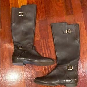 UGG leather brown boots— Size 8